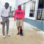 Fans pray for Davido over leg injury as he walks with crutches (photos).